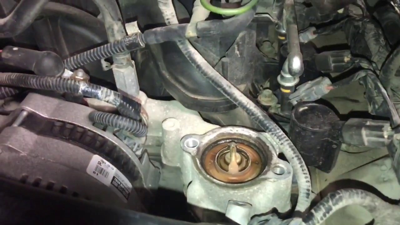 2003 f150 thermostat replacement 5 4 triton youtube. Black Bedroom Furniture Sets. Home Design Ideas
