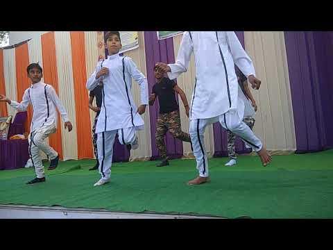 Mera rang Dr basanti chola song dance by Deepak public sec school students