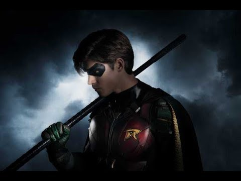 First Look at the Robin Costume for Brenton Thwaites in Teen Titans TV