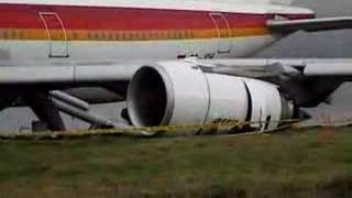 IBERIA emergency landing at Quito Airport