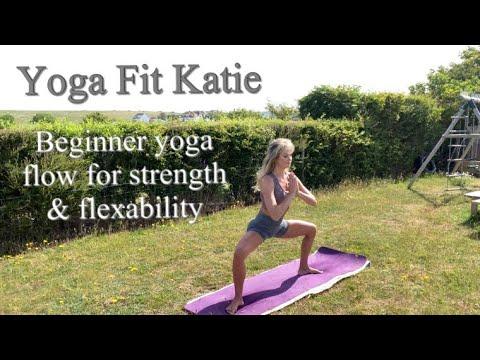 beginner yoga flow for strength  flexibility  youtube