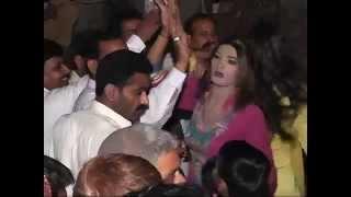 rana kashif moon mehndi dance