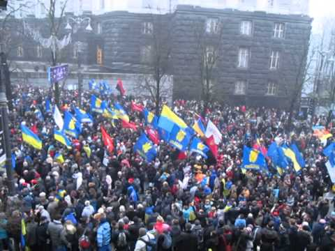 Euromaidan. Thousands of Ukrainians came to the Cabinet of Ministers of Ukraine