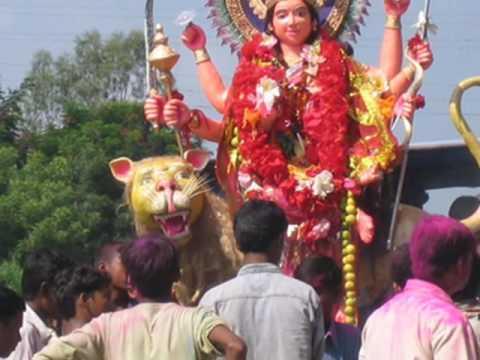 Jai Mata Di - Bhor Bhayee Din Chadh Gaya...