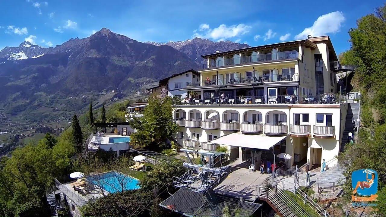 Hotel panorama dorf tirol tirolo youtube for Design hotel dorf tirol