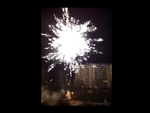New Year BIG FIREWORK Silvester Berlin Hohenschönhausen Germany - Triplex 869 - 75Kg Battery