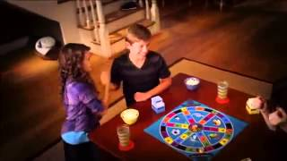 Hasbro - The Family Edition -  Trivial Pursuit - Omnibus - Game
