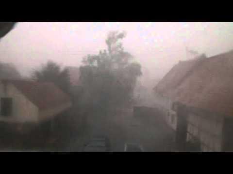 Unwetter, Gewitter mit Starkregen und Überschwemmung am 10.07.2011 in Süddeutschland