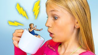 [14.50 MB] Amelia and Avelina swim in a magic mug adventure. Water fun in Aqualand Torremolinos