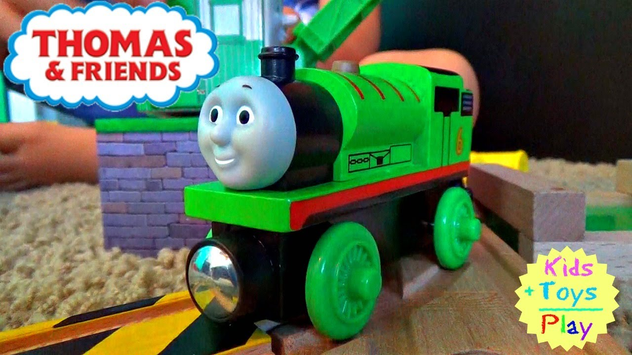 Thomas and Friends Wooden Railway | Thomas the Train Volcano Park Deluxe Set | Playing With Trains