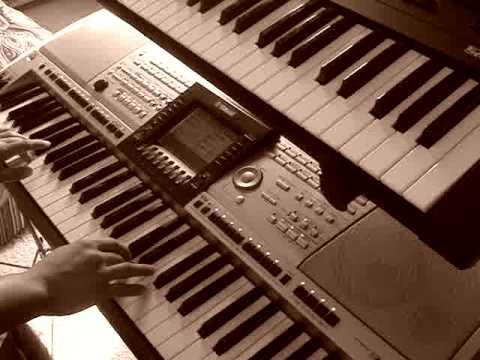 """Me playing """"70 Xyoo Ib Nplooj Siab Tsis Lwj"""""""
