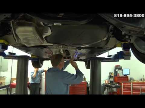 Galpin Vw Service >> VW Volkswagen engine oil fluid leak transmission power steering leak service San Fernando ...