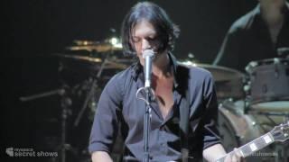 Placebo performing Blind