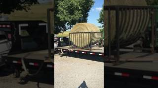 Diy Hay Feeder From A Futon Frame Video Más Popular