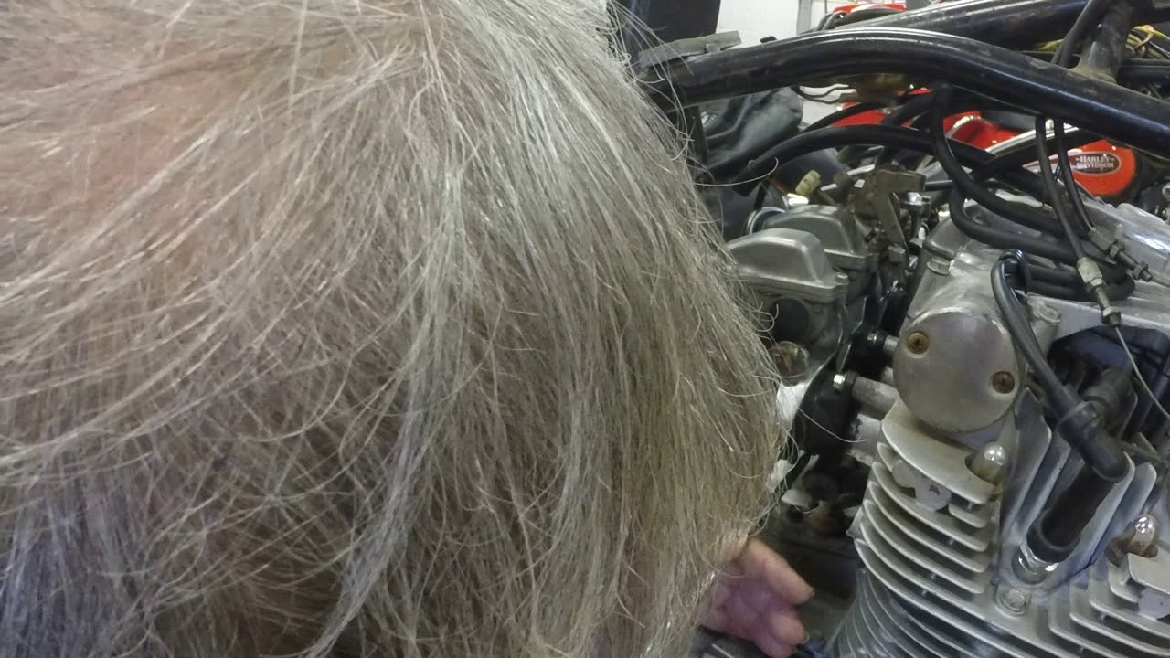GS750 Carb removal