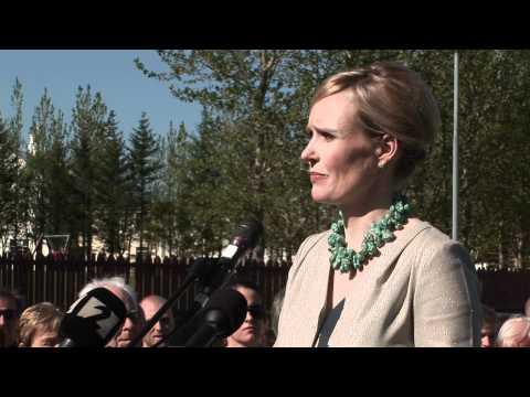 Þóra Arnórsdóttir - ávarp við opnun kosningamiðstöðvar 28. maí 2012
