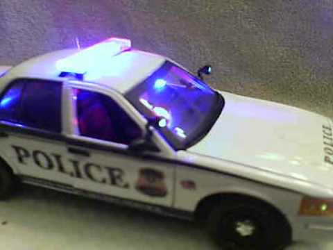 us secret service diecast police car with working lights. Black Bedroom Furniture Sets. Home Design Ideas