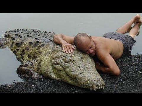 10 Most Unusual Friendships Between Humans And Wild Animals