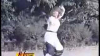 hassan khan Noor Jahan Pinda Nazuk Tey _  (Reema And Shan) Film Dil.flv