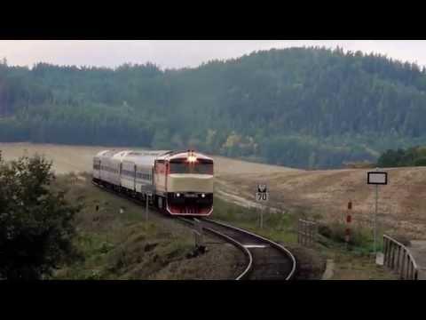Bardotka 749 248 a krávy, rozjezd beztlumičovky na širé trati