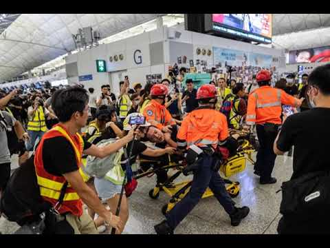 World News Today - Hong Kong Protesters Apologize After Chaos at Airport