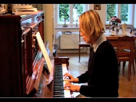 klavier spielen lernen im alter eine neue. Black Bedroom Furniture Sets. Home Design Ideas