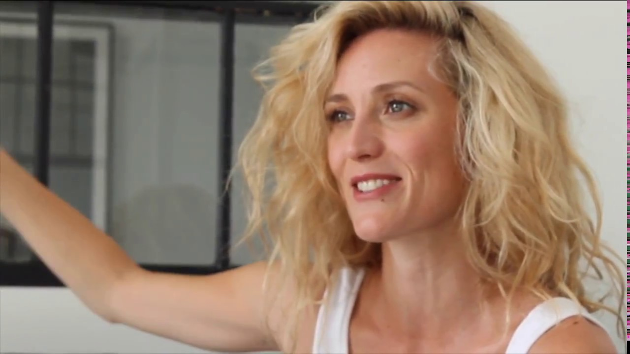 Video Evelyne Brochu naked (23 foto and video), Pussy, Sideboobs, Feet, butt 2015