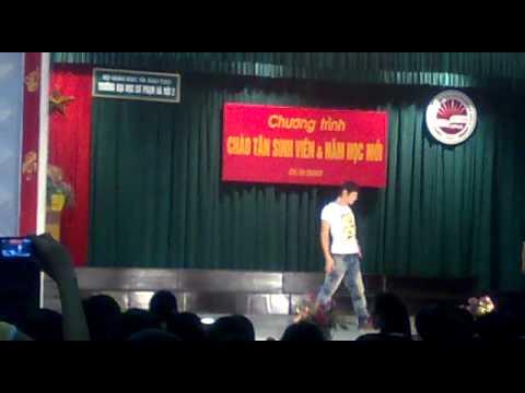 Nhảy Hip hop chào tân sinh viên  K37 Đại Học Sư Phạm Hà Nội 2.mp4