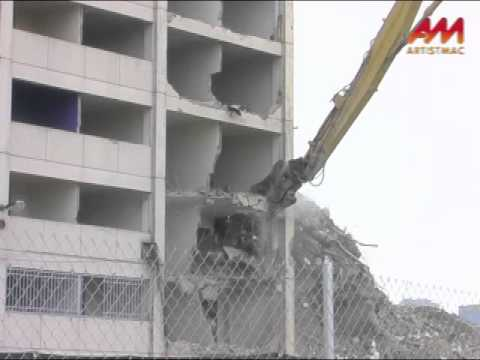 The Last Cabrini-Green Highrise Demolition, Pt. 3