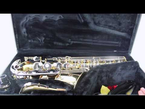 Lesson 1 – How to put together your Alto Saxophone (part 1)