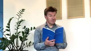 Sven Gatz leest voor uit Rauw - 'Onder de olijfbomen van Lesbos' door Inge Braeckman