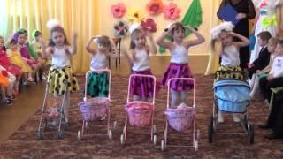 Мамочки с колясками. Средняя группа.2013
