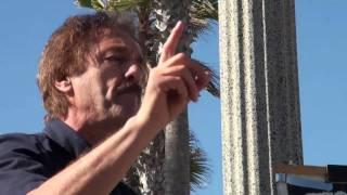 Ray Comfort Open-Air Preaching Huntington Beach 2010