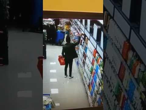 Hırsızlık Yaparken Kameraya Yakalandı!!!