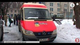 Подарунок на передову німецькі волонтери передали сучасний реанімобіль в госпіталь Покровська