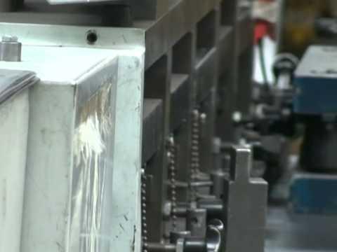 видео: Производство дверей и стенок серверных шкафов