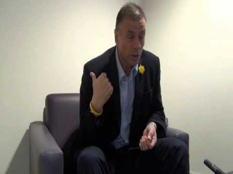 VG Tips Sports Book Interview. Premier League football referee, Mark Halsey