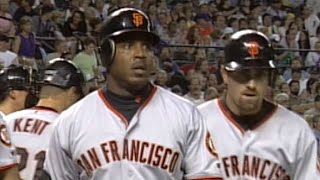 Barry Bonds blasts two homers vs. Curt Schilling in rout