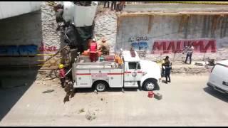 Rescate del cuerpo de persona prensada en accidente en El Colorado. thumbnail
