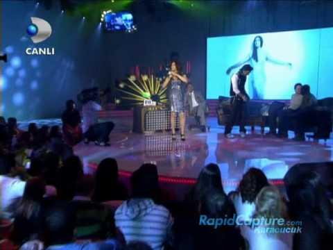 Ebru Yasar Duet Ismail.Yk Seviyorum Seni-Beyaz Show