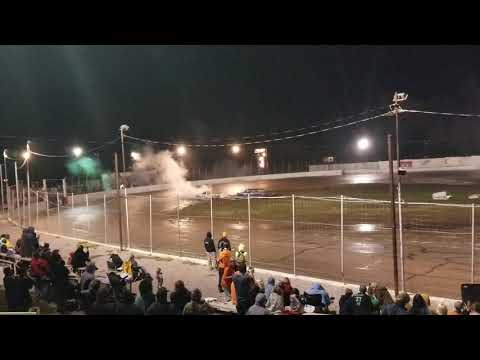 New Paris Speedway.   Night of Destruction