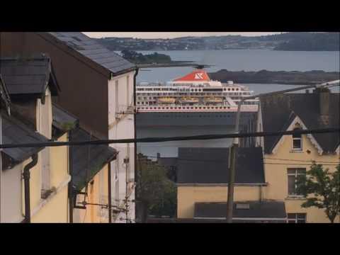 Balmoral Leaving Cork Harbour
