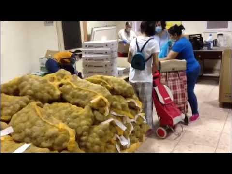 Unas 165 personas reciben alimentos de la parroquia de Santa Eufemia