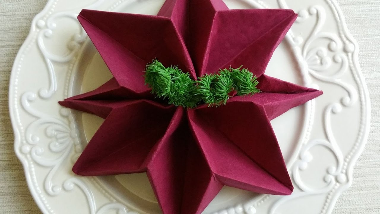 Tovaglioli Stella Di Natale.Come Piegare Un Tovagliolo Stella Di Natale Christmas Poinsettias Napkin Folding Tutorial