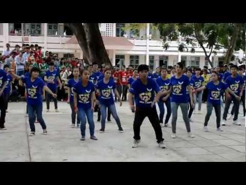 Flashmob 11a4 - THPT An Nhơn 1