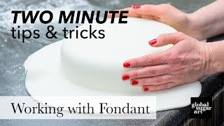 The Best Fondant for High Humidity | Two Minute Tips & Tricks | Chef Alan Tetreault