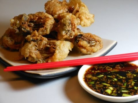 Deep Fried Breaded Oysters with Dipping Sauce