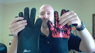 How to Choose BBQ Gloves: Full Comparison - 100% Silicone vs. Extreme Heat Resistant Grill Gloves