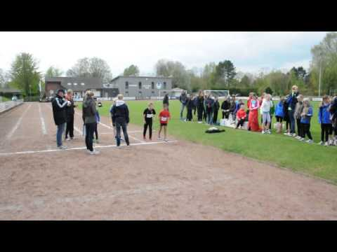 FLVW-121.de Kinderleichtathletikwettkampf Start Teamverfolgung U12 6x800m