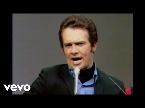 Merle Haggard - The Fightin Side Of Me (Live)